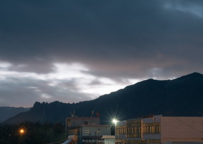 A splendid twilight in Lhasa
